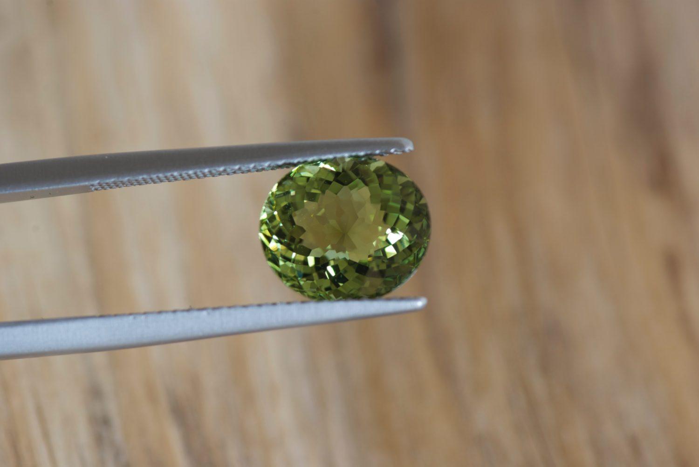 Tourmaline verte du Mozambique. 3,01 carats